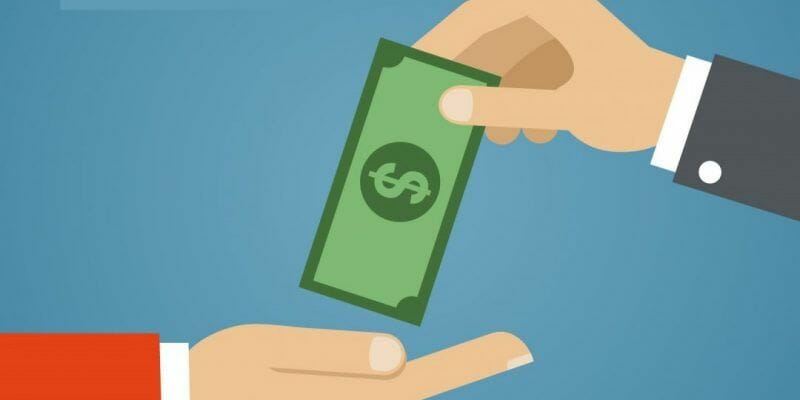 invertir dinero en redes sociales